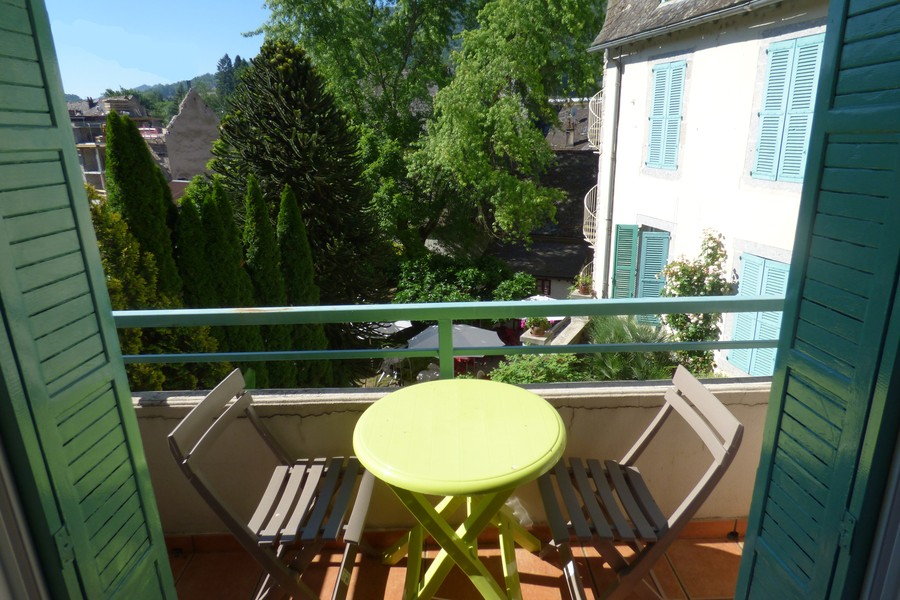 Aveyron lodging: Rooms with balcony terrace