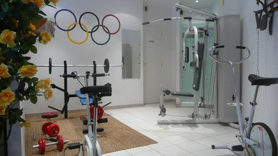 Hotel with gym and massage shower - Aveyron