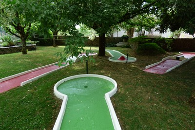 Hotel with mini-golf - Aveyron - France