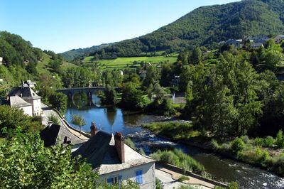Pont gothique d'Entraygues - Hotel Aveyron