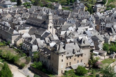 Château, fortifications, remparts - Aveyron hôtel