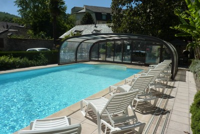 Hotel with swimming pool & jacuzzi - Aveyron