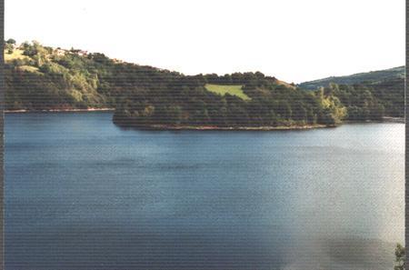 Lac de Castelnau Lassouts Lous - Lacs Aveyron - France