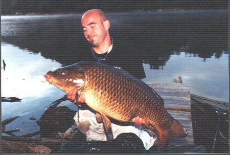 Pêche à la carpe sur le lac de Castelnau Lassouts - Aveyron