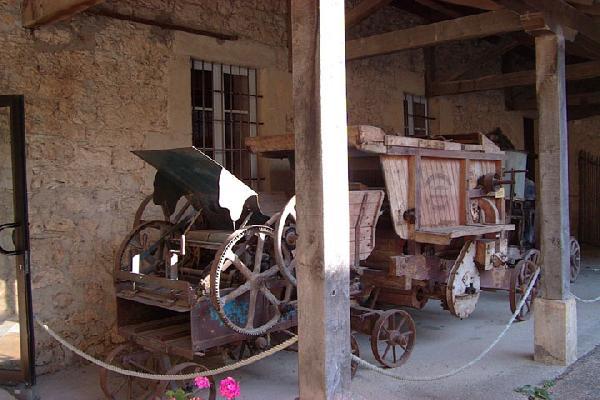 Batteuse au Musée des Arts et Métiers traditionnels de Rouergue - Salles la Source - Aveyron