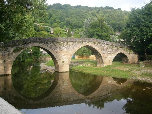 Vieux pont du XVème - Belcastel - Aveyron