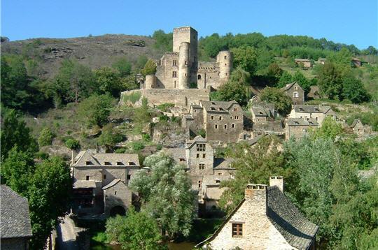 Belcastel et son Château