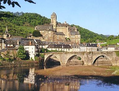 Le village d'estaing - Aveyron