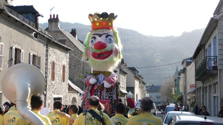 Carnaval Entraygues sur Truyère Aveyron