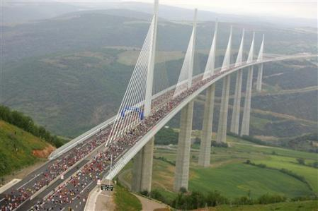 Course Eiffage du Viaduc de Millau - Aveyron - France