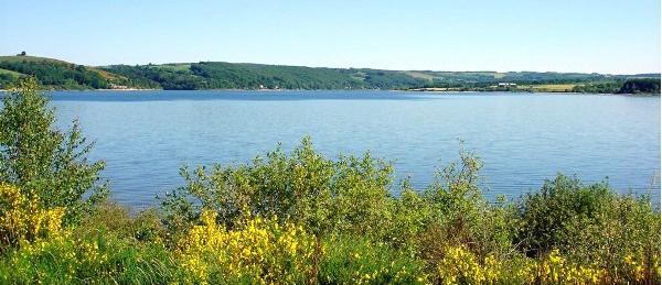 Le lac de Pareloup 5e plus grand lac artificiel de France