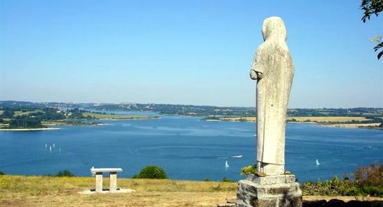 La Vierge des Lacs