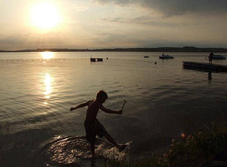 Lac de Pareloup vers Salles-Curan