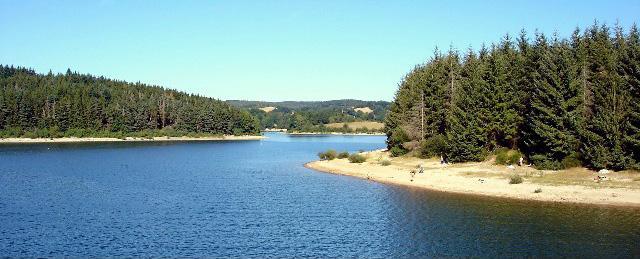 Le lac de Pareloup
