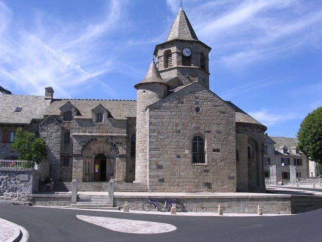 Eglise de Nasbinals en Aubrac