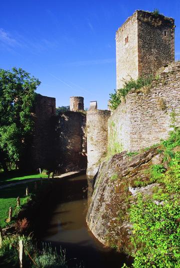 Château médiévale de Belcastel