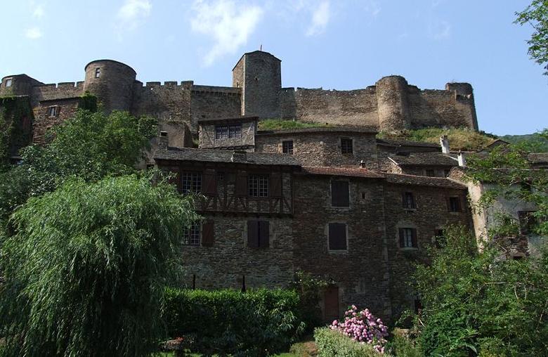 Château de Brousse en Aveyron