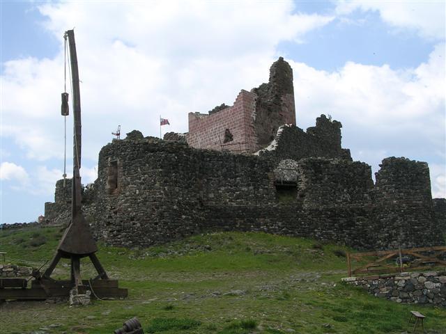 Calmont, un Château du Moyen-âge