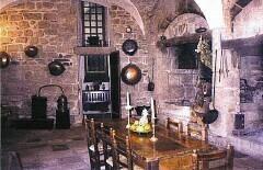 Salle médiévale de Castelnau-Pegayrolles