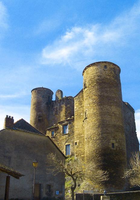 Château médiéval de Coupiac