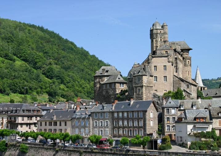 Le village d'Estaing et son Ch�teau