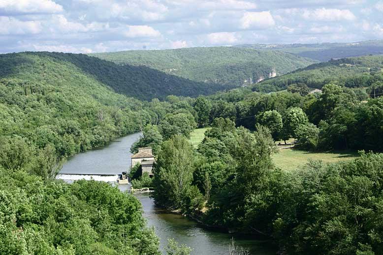 Les Gorges de l'Aveyron de Villefranche-de-Rouergue à Najac