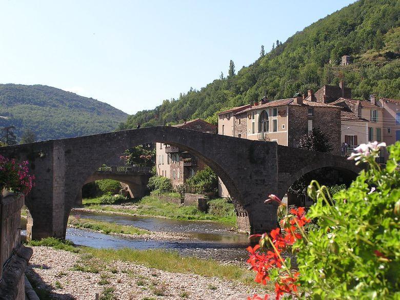 Vieux pont sur la Sorgues à St Affrique