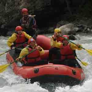 Activités sport nature et grands espaces<br>canoë-kayak, pédalo, parc aventure, VTT, Rafting, escalade