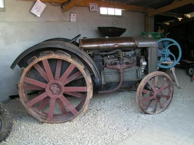 Ateliers ruraux, outils et machines agricoles