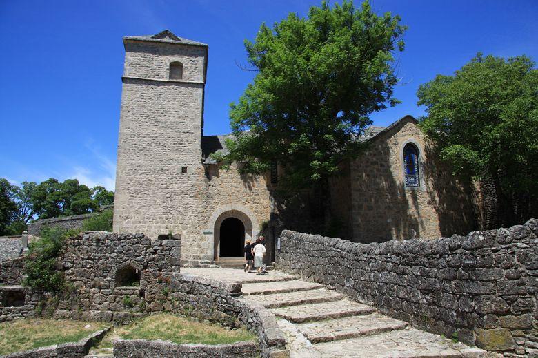 L'église paroissiale en parfait état (Église Saint-Christophe, Sant-Critòl en occitan)