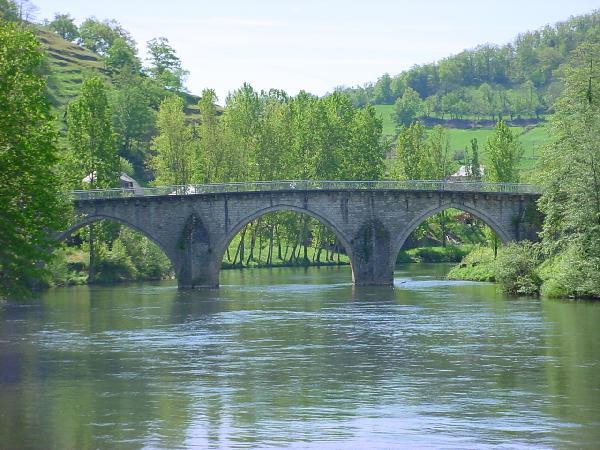 Pont de Notre Dame sur le Lot - Entraygues - Aveyron