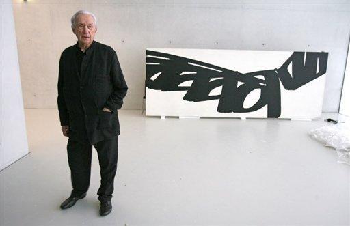 Les 1700 mètres carrés d'exposition permanente sont conçus pour accueillir la variété de l'œuvre de l'artiste Pierre Soulage