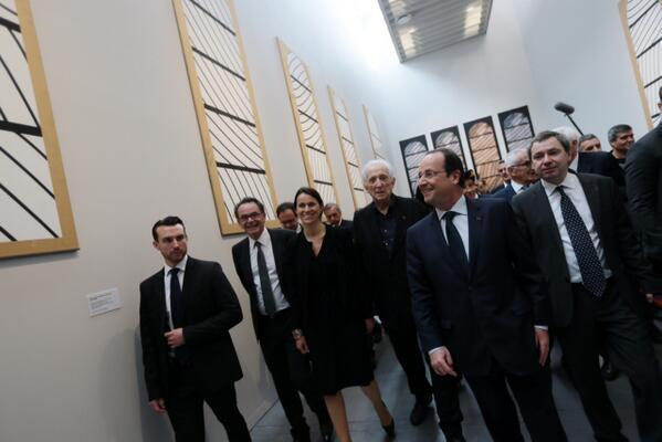 Le musée Soulages, ouvert au public depuis le 31 mai 2014, a été inauguré avec le président de la république François Hollande le 30 mai 2014.