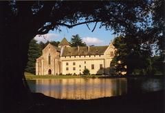 Abbaye fortifiée de Loc Dieu dans l'Aveyron