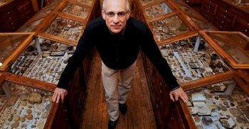 Francis Duranthon, directeur du Muséum d'Histoire naturelle de Toulouse où étaient conservés les ossements.