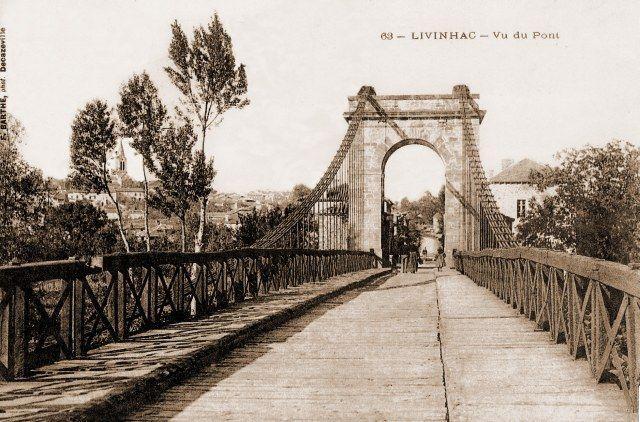 Du vieux pont suspendu de Livinhac le haut, ne subsistent aujourd'hui que les deux arches en amont du pont actuel.