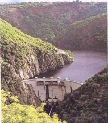 Le barrage hydroélectrique de la Barthe - Aveyron