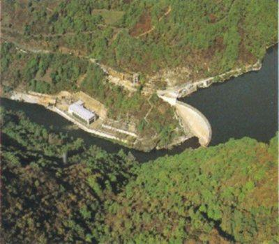 Le barrage hydroélectrique de Couesque - Aveyron