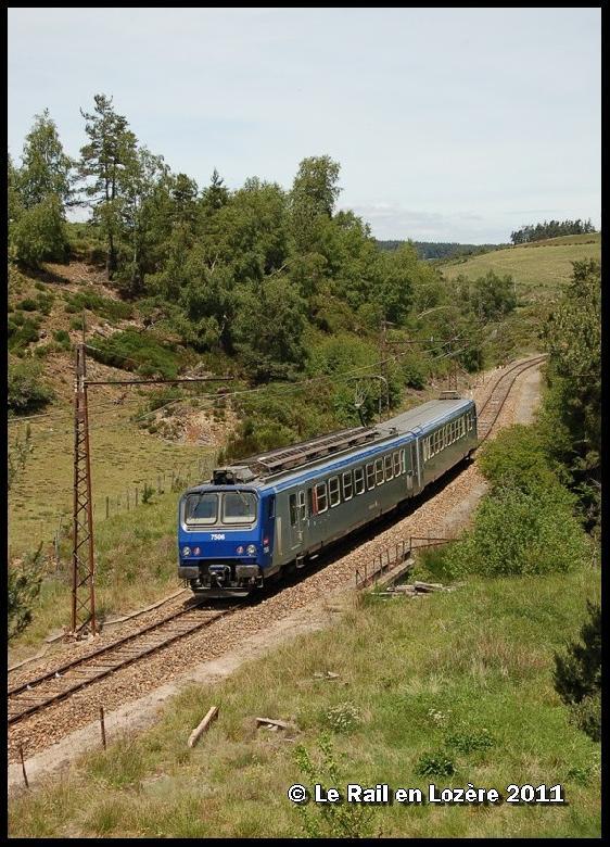Les rampes maximales atteignent 35 ‰ – ce qui n'a pas manqué de lui valoir une réputation de ligne difficile chez les cheminots.