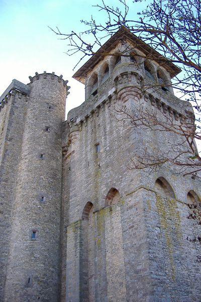 Eglise fortifiée de Sainte-Radegonde en Aveyron