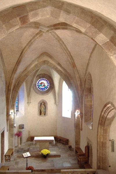 Coeur de l'église de Sainte-Radegonde en Aveyron