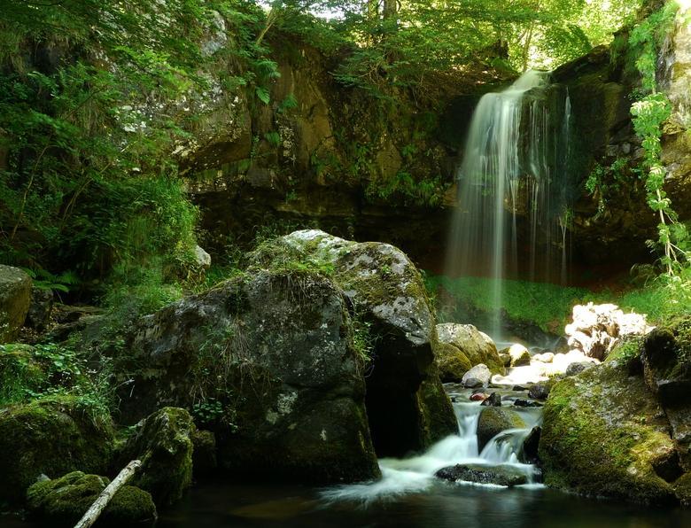La Cascade du Capat dans le département du Cantal en Auvergne