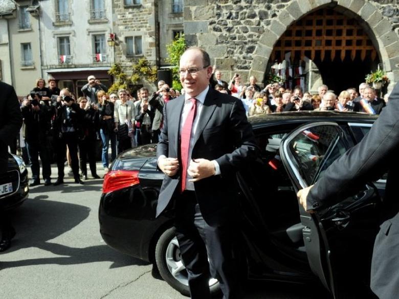 Le Prince Albert II de Monaco s'est rendu mercredi 14 mai 2014 en visite officielle dans le village aveyronnais de Mur-de-Barrez.