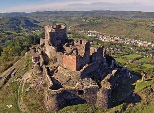 Espalion est située sur la voie romaine agrippa qui traversait l'Aubrac et reliait Lyon à Bordeaux.