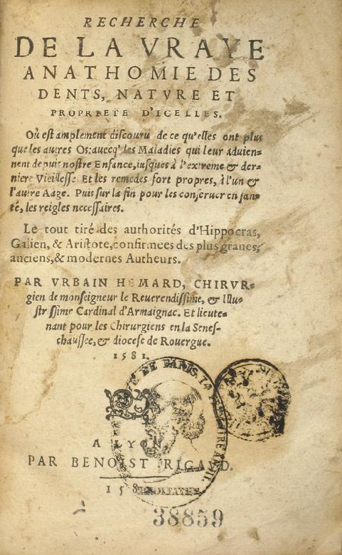 Urbain Hémard a écrit le premier livre dentaire en France