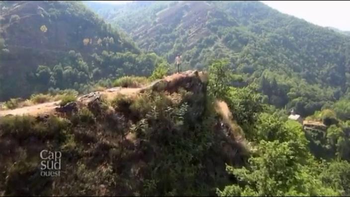 Cap sur le Rouergue, ancienne province du Midi de la France correspond approximativement à l'actuel département de l'Aveyron.