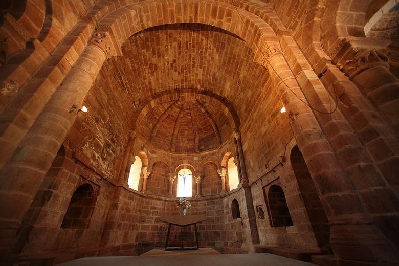L'Eglise Romane de Perse ou chapelle Saint-Hilarian-Sainte-Foy est classé au titre des monuments historiques depuis 1862.