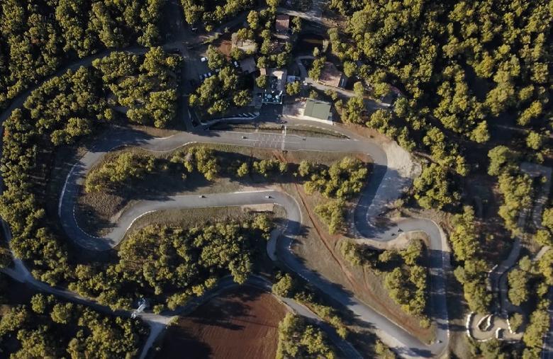 Parc de loisirs des Bouscaillous : Karting, découverte du viaduc de Millau ou du causse rouge en quads