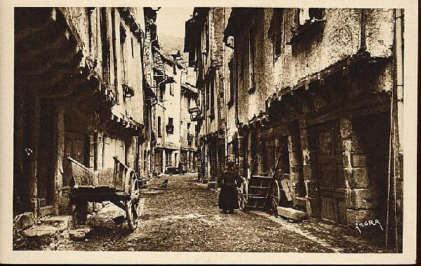 La rue droite - Aveyron - France