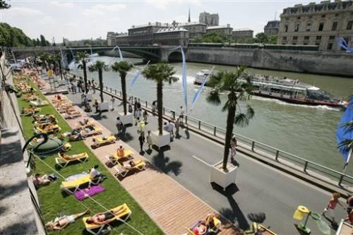 Le célèbre Paris Plage sur les quais de Seine